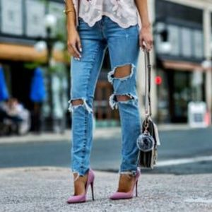 Lovers + Friends Ripped Distressed Jeans 26